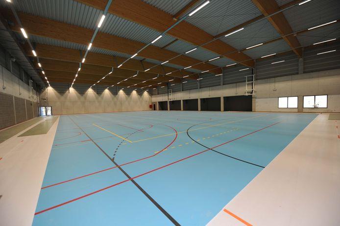 Inkijk in de nieuwe sportinfrastructuur: de grote sportzaal op de eerste verdieping.