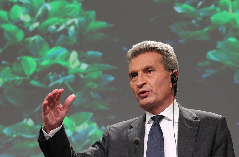 Er zijn vragen over het werk van oud-Eurocommissaris Günther Oettinger voor de tabakslobby. Beeld ap