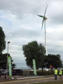 DEME had al een kleine windturbine maar die volstond niet voor de volledige energiebehoefte.
