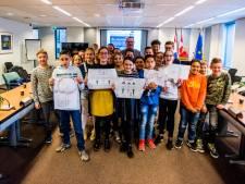 Leerlingen van basisschool Oculus in Tilburg geven de gemeente tips