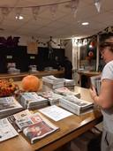 Gerda Roossien (52). Zij coördineert de bezorging van het Eindhovens Dagblad in Sint-Oedenrode.