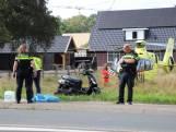 Scooterrijder gewond na botsing met plaatsnaambord Teuge