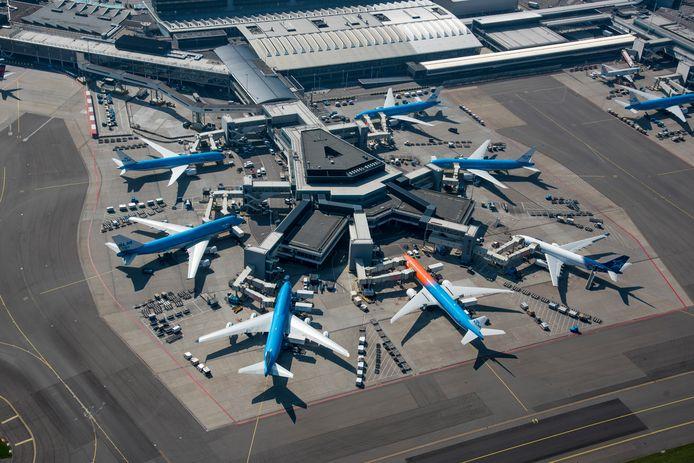 Ook luchthaven Schiphol en KLM schieten tekort in hun e-mailbeveiliging.