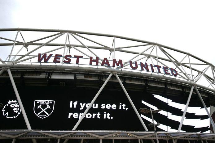 Oproep om racisme te melden bij West Ham United in de No Room for Racism-campagne.