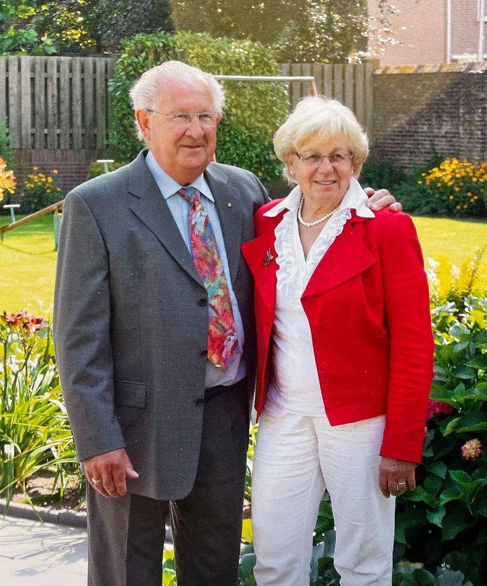 Nico van Erp en Annie van Erp-van Gelder zijn op 2 augustus 60 jaar getrouwd.