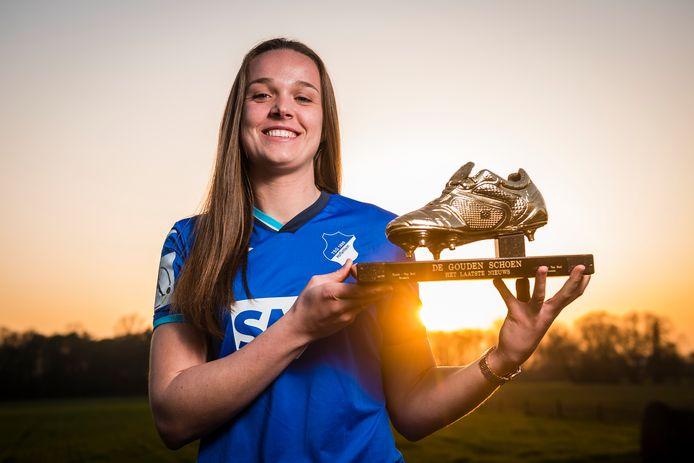 Gouden Schoen Tine De Caigny nadat haar transfer naar Hoffenheim bekend raakte.