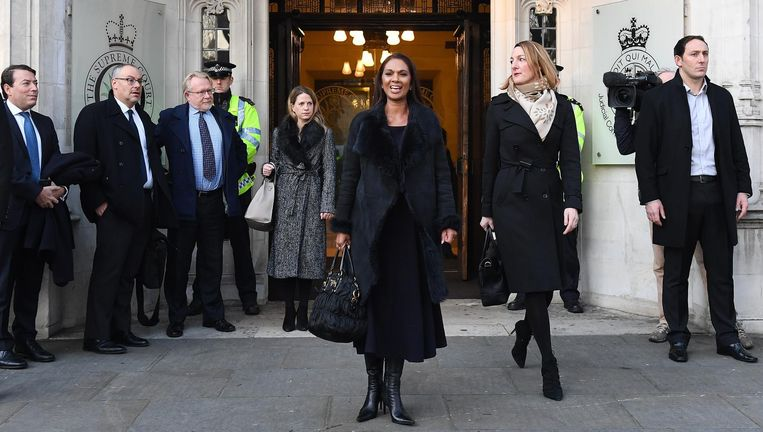Gina Miller, een van de voornaamste aanklagers in de Artikel 50-zaak, arriveert bij het Britse hof. Beeld epa