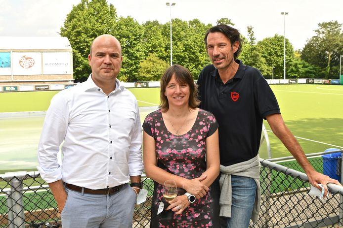 Bestuursleden Pieter De Groote, Bertrand Doutrepont en Annelies Volckaert.