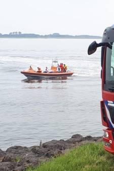 Nieuwe reddingsboot komt aan bij Brandweerpost Stavenisse