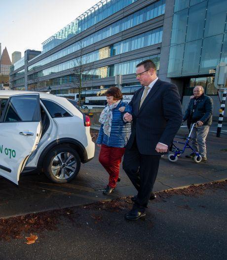Haagse vrijwilligers en mantelzorgers mogen gratis met de taxi mee: 'Er zijn ritjes genoeg'