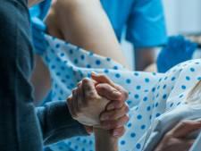 Wanneer wordt een bevalling traumatisch? 'Na drie jaar was ik nog altijd bang'