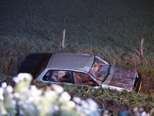 Auto van de weg geraakt op A35 bij Almelo