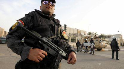 Rellen voor politiecommissariaat in Caïro na dood gevangene
