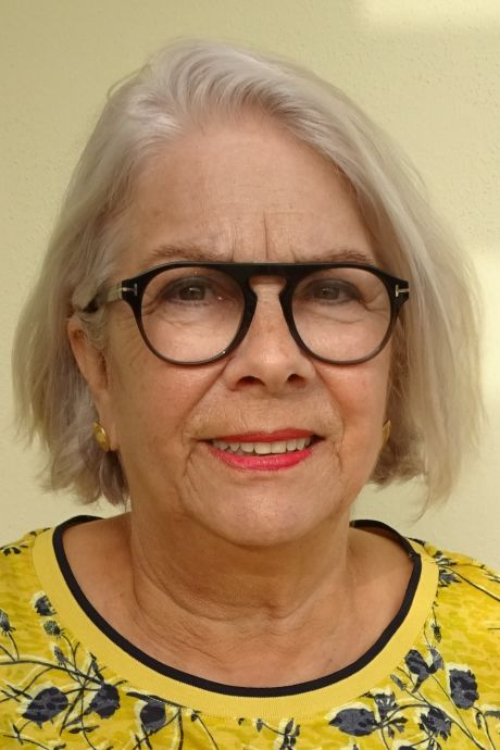 Zwolse Emmy (70) wil coronaprik aan zieke zoon geven: 'Je mag een nier afstaan, waarom dan je vaccinatie niet?'