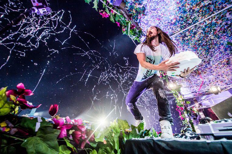 Kristof Michiels over taartengooiende dj's op Tomorrowland: 'Natuurlijk lopen er onnozelaars rond, maar waarom vestigen media daar de aandacht op? Op rockfestivals heb je minstens evenveel charlatans.'  Beeld BELGA