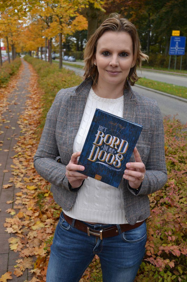 Ilse De Keyzer met haar derde boek.