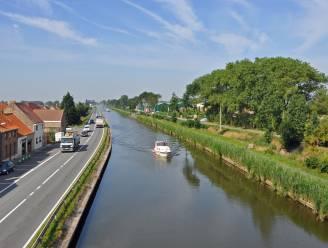 """Nieuw aanmeerplan schept duidelijkheid in Oudenburg. """"Onze stad is nu ook via het water makkelijker te bereiken"""""""