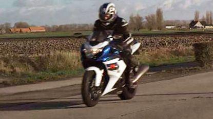 Motorrijder die met 201 km/u geflitst werd, geeft zich aan bij politie