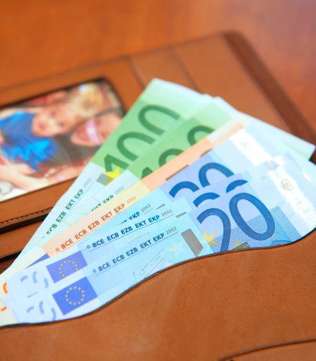Portemonnee verloren? De kans op een eerlijke vinder is groter als je dit bedrag erin hebt zitten