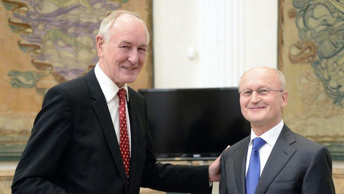 Commissaris van de Koningin Johan Remkes (links) en emeritus-hoogleraar Hans van den Heuvel