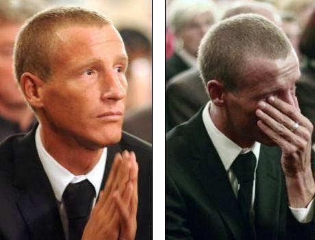 Petzner in tranen bij de begrafenis.