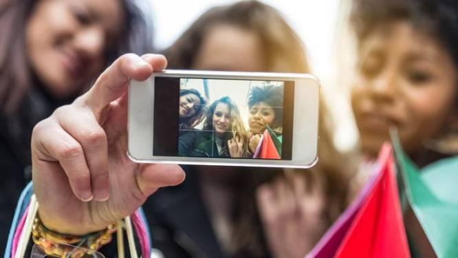 Moeten we onze smartphonecamera afplakken tegen hackers?