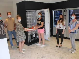 """Automatenshop Verspunt bundelt producten van zes Meulebeekse handelaars: """"Van bloemen tot chocolade en aardbeien"""""""