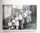Marie (uiterst rechts) met haar broers en zussen.