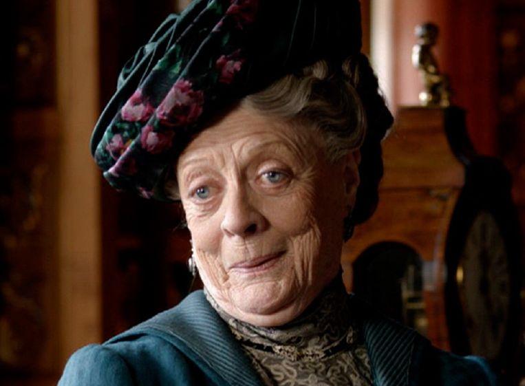 Maggie Smith in de rol van Violet Crawly.  Beeld kos