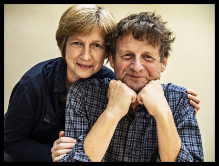 Van Duppen (met zijn vrouw Lieve Seuntjens): 'Bij Geneeskunde voor het Volk hebben we een ander beeld van allochtone nieuwkomers dan het beeld dat de media en de politiek ophangen. Maar ik geloof dat dingen zullen veranderen.' Beeld