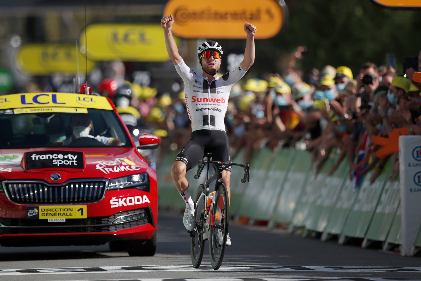 Hirschi wint een etappe in de Tour de France.
