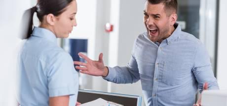 Agressie in ziekenhuis neemt toe: extra beveiligers en corona-coaches moeten heethoofden bestrijden