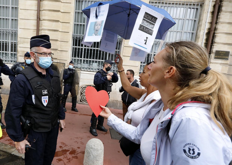 Demonstranten in Montpellier protesteren tegen 'vaccinatiedoden' en voor 'de vrijheid'. Beeld Getty Images