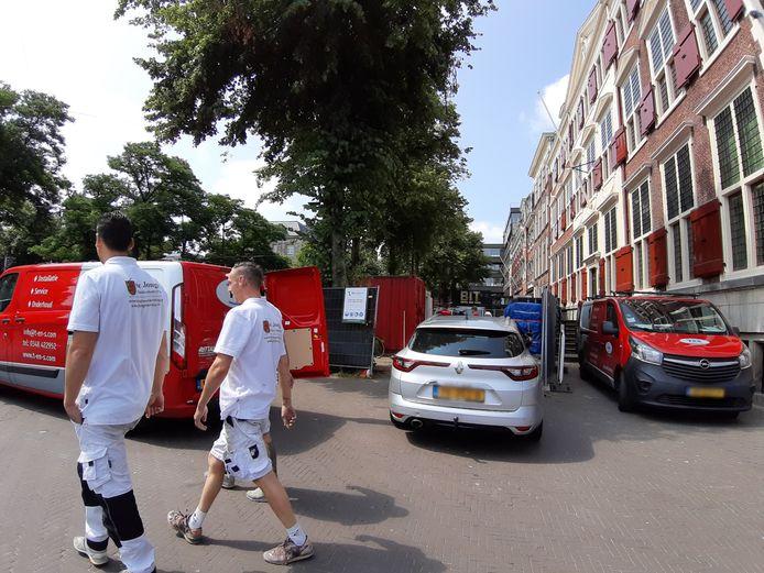 'Bob de Bouwer kan zijn hart ophalen in Den Haag, maar toeristen komen nooit meer terug', zegt Richard de Mos van Hart voor Den Haag over alle werkzaamheden in de binnenstad.