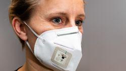 Belgische ingenieurs ontwikkelen slim mondmasker met ingebouwde microfoon en luidspreker