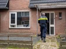 Vuurwapen en hennep gevonden bij inval woning in Oosterhout