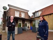 Dankzij inzameling kan dorpscafé Moerkapelle de huur weer betalen