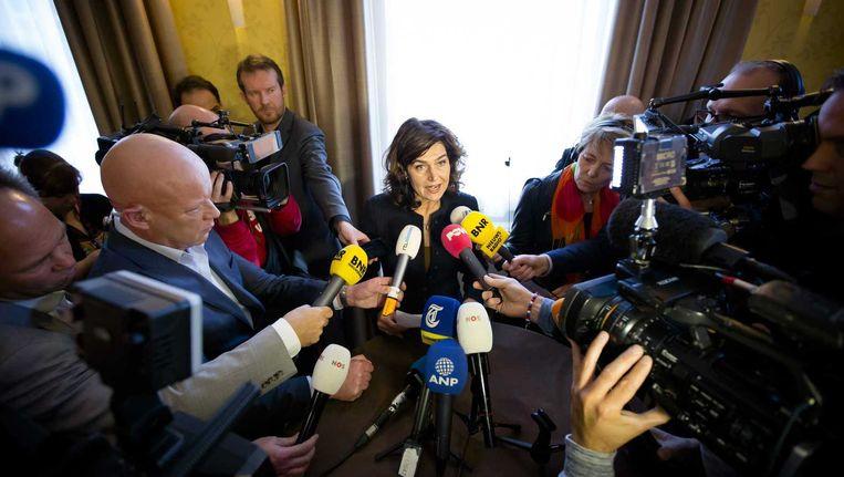 Kamervoorzitter Anouchka van Miltenburg geeft na afloop van de presidiumvergadering een verklaring. Beeld anp