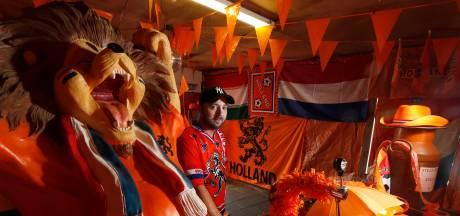 Oranjeoase in Themansstraat maakt plaats voor klein museum ter ere van 'mister Oranje'