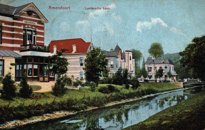 Voor de aanleg van de Rondweg (1956-1958) lagen de huizen aan de centrumzijde aan het plantsoen dat de namen van de windstreken droeg: Plantsoen-West, -Zuid, -Oost en -Noord.