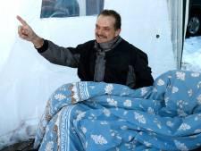 Doodzieke Peter krijgt een rijdend eerbetoon met meer dan veertig voertuigen: 'Een mooie dag voor hem'