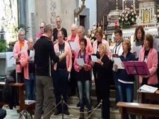 Fanfare Wilhelmina uit Eindhoven repeteert in Italiaans gehuchtje