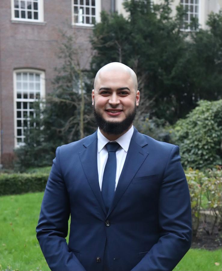 Ondanks zijn vmbo-advies op de basisschool, mag Adam Nassiri zich sinds vorige week meester in de rechten noemen.