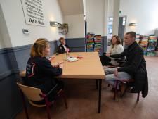 Valentijnsactie Leger des Heils Kampen: Geen bonbons, maar zegen vragen over je relatie