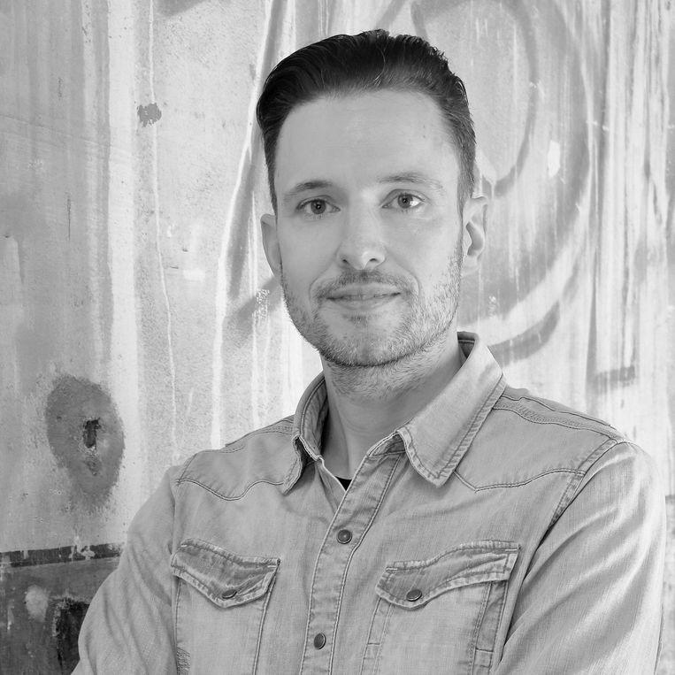 Pascal Cuijpers is docent voortgezet onderwijs, publicist en auteur van onder andere Woordenwisseling. Beeld