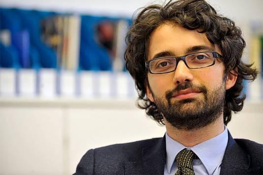 Criminoloog Andrea di Nicola heeft onderzoek gedaan onder de grote jongens onder de mensensmokkelaars.