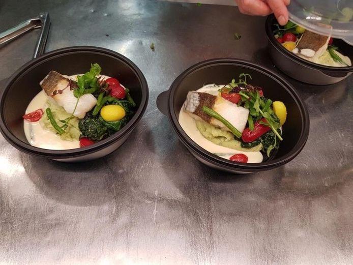 Ook Restaurant Entrez werkt met maaltijden die afgehaald en geleverd kunnen worden.