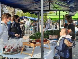 Boerenmarkt Kaprijke wordt blijver: in de zomer buiten, in de winter binnen
