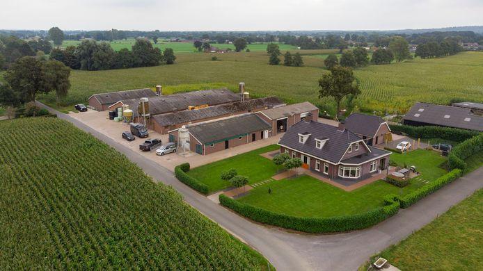 De boerderij aan de Zeggelaarsweg 3 in Lunteren, een van de boerderijen die wordt opgekocht.