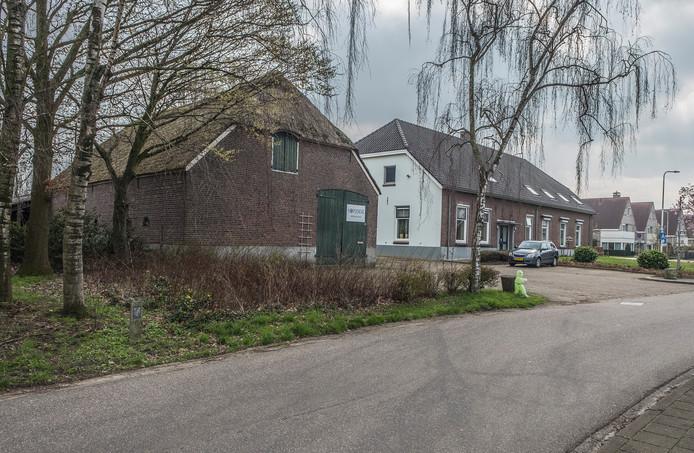 De oude boerenschuur aan de Garstkampsestraat.